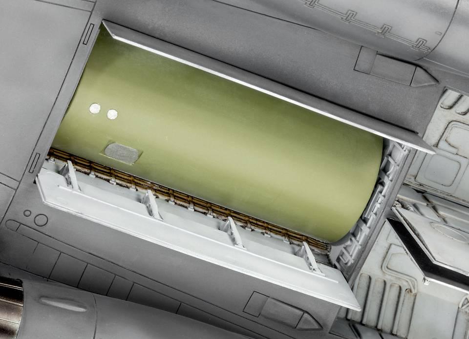 Revell-B-1B-zusatztank