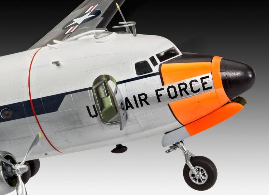 C-54-Skymaster-Nase