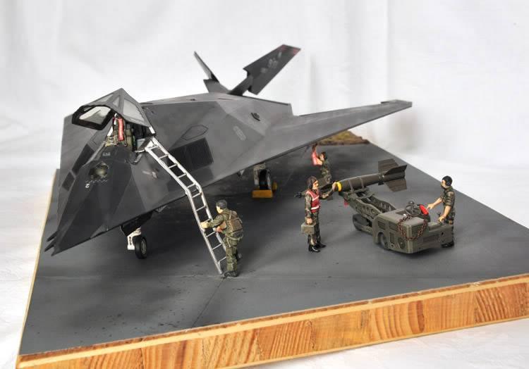 F-117A Nighthawk 1zu48