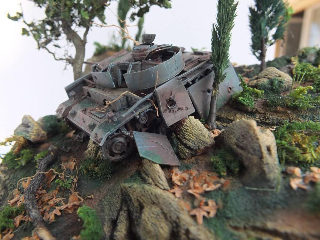 Forgotten-Panzer-PzKpfW-III-Diorama