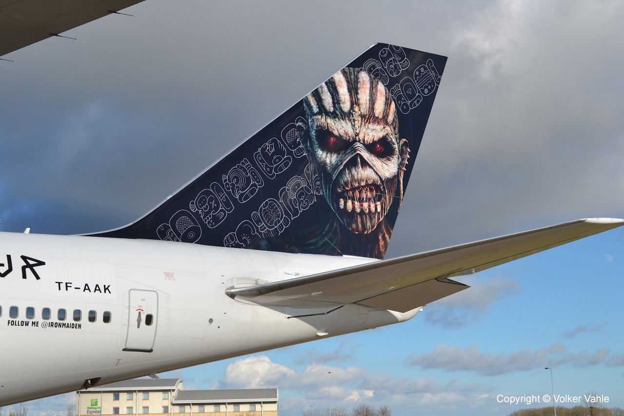 iron maiden flugzeug ed force one tour jumbo statt tour bus revell gmbh blog. Black Bedroom Furniture Sets. Home Design Ideas